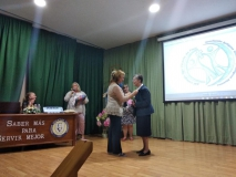 12. insignia Sor Pilar